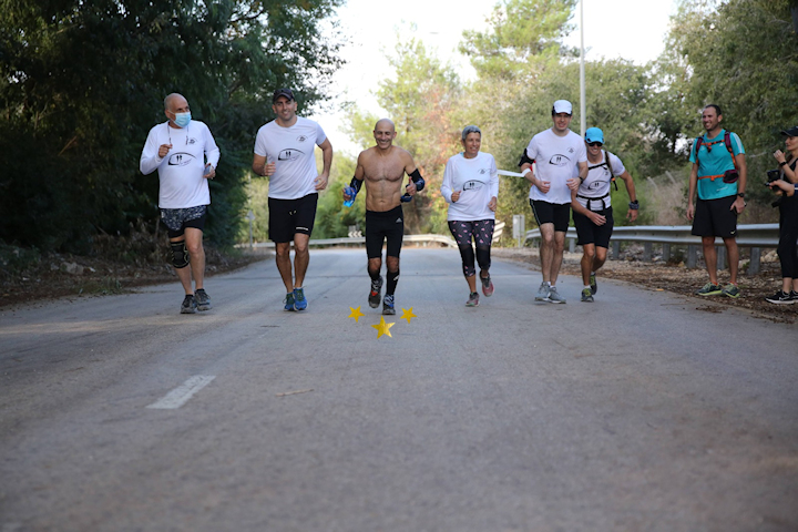 Dr. Ishai during the grueling race (stars). Photography: Rama Yazma, David Fogel, Rambam Spokesperson's Office.